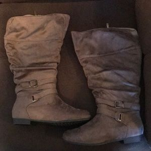 Suede Boots by Avenue NWOT